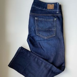 American Eagle Capris Jeans size 2 stretchy